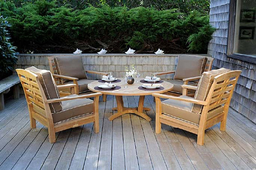 Constructing Your Own Patio Furniture photo